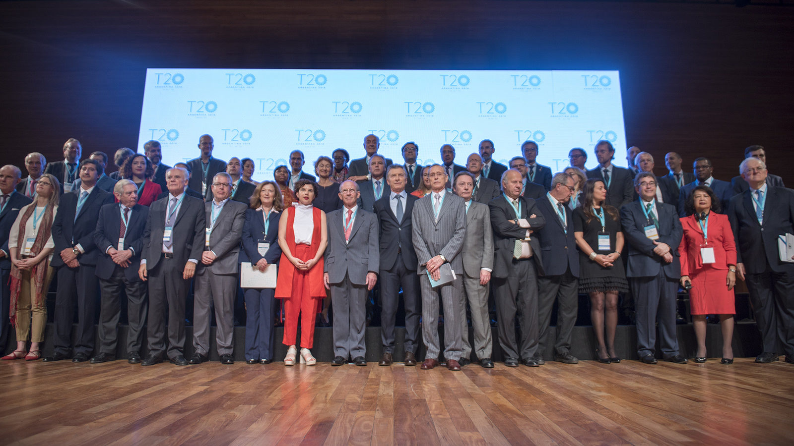 International Economic Cooperation in Troubled Times: A Call for Strong Action by the G20